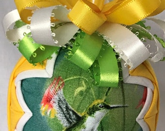 """Handemade Quilted Hummingbird 3"""" Snow Globe Style Ornament Yellow, Green, White"""