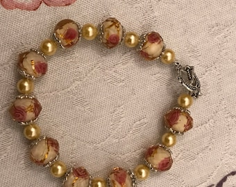 Golden Rose Bracelet