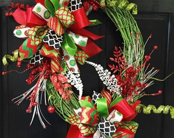 Green Oval Christmas Wreath, Christmas, Door Decor