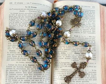 Chapelet retro en perles de verre bleu et bronze