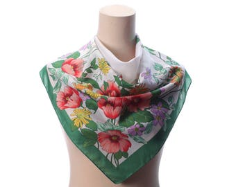 Poppy Scarf 1970s Vintage Floral Blossom Print 27 in Square Retro Neck Scarf White Green Pink Muffler Ladies Head Scarf Womens Gift