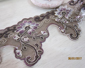 1 yard- Embroidered Venice Lace/NBDL35- Embroidery Flowering Lace/
