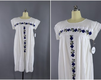 Vintage Embroidered Cotton Dress / Embroidered Caftan / Ecuador Huipil Bohemian Kaftan / Embroidery Tunic / White & Blue Floral Lace