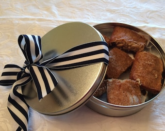 Blondies / Congo Bars in a Cookie Tin, Nut Free Cookie Tin, Chocolate Chip Cookie Bar, Hostess Gift Gifts under 20, Gift Basket Gift Package