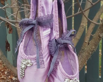 Pre-Vintage Ballet Pointe Shoes by Freed of London Variegated Shades of Lilac~Shabby & Chic