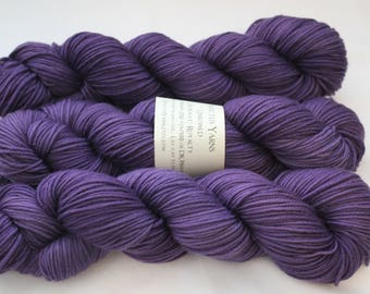 Royalty Unbowed DK yarn 100% super wash merino
