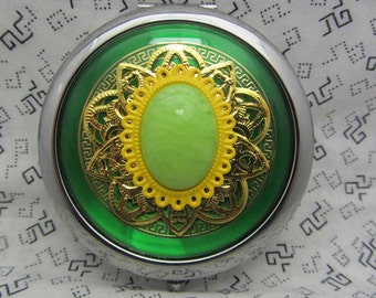 Compact Mirror Lemon Lime Zing Comes With Protective Pouch