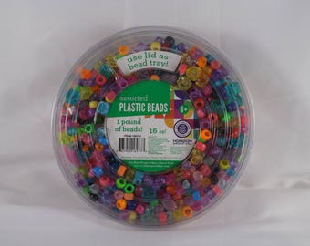 1 Pound Assorted Plastic Beads - Horizon