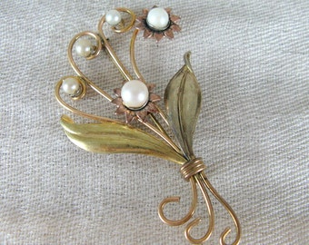 Vintage 1940s Floral Brooch with Pearls 40s Bouquet Brooch 1/20 12k GF