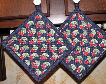 Set of 2 Handcrafted Oversized Insulated Quilted Potholders Hotpads Trivets, Cherries