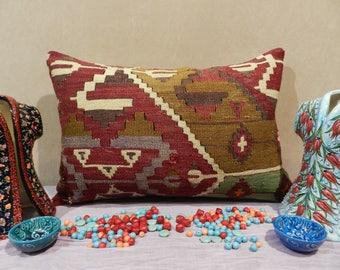 lumbar pillow,pillow covers,pillows,decorative pillows,kilim pillow,vintage pillow,16x24inch,40x60cm
