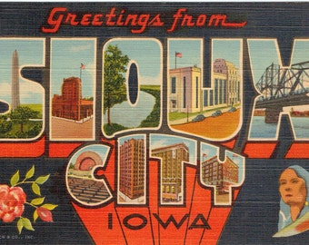 Linen Postcard, Greetings from Sioux City, Iowa, Sioux Indian, Large Letter, ca 1940
