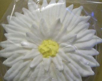 Daisy Wedding Favor Sugar Cookie - 2 Dozen