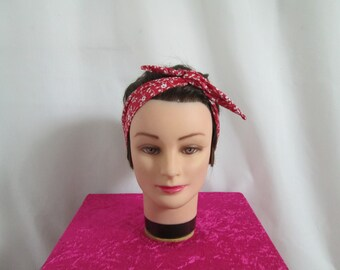 Chic vintage hard to tie headband red with small flowers and foliage balnches