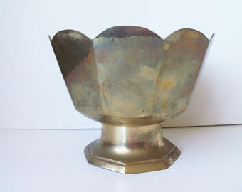 Vintage brass bowl (#EV99)