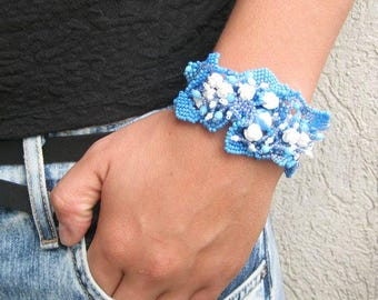 Blue bracelet, Blue jewelry Beaded bracelet cuff, Seed bead jewelry Freeform bracelet, Handmade bracelet,  Gift for her