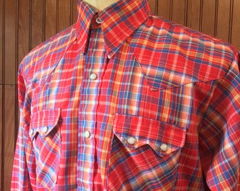 Dee Cee Large 16 1/2 - 35 Western Wear Sawtooth Pearl Snap Long Sleeve Shirt Red Plaid Men's Vintage Made In USA