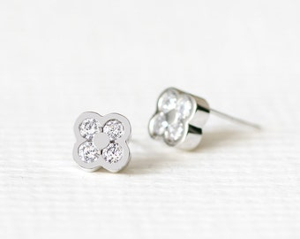 Clover Earrings 925 Sterling Silver Plant Stud Earrings Modern Jewelry