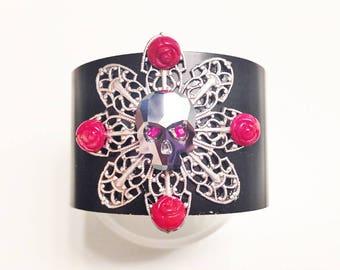 Skull and Roses Aluminum Cuff Bracelet, Halloween Jewelry, Skull Jewelry, Crystal Skull Cuff, Crystal Skull Bracelet, Red Skull Bracelet
