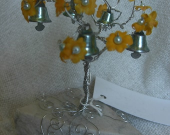 Prosper Tree -Yellow Flowers -  Silver Wire with Mint Pearls