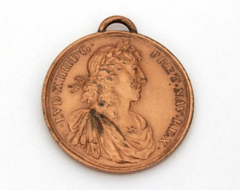 Antique French Medal Marriage Maria Theresa & Louis XIV King of France, Pendant Louis XIV Sun King, Bronze Charm Wedding Maria Theresa Louis