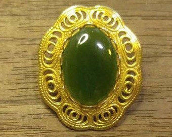 Sale! Beautiful Jade Brooch Pin~Goldtone (was 10.00)
