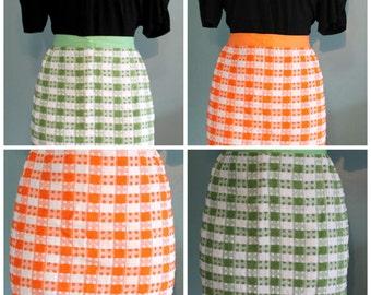 vintage white/green plaid apron,white/orange plaid apron,plaid apron,green apron,orange apron,gifts,cooking,baking,Bar-B-Q
