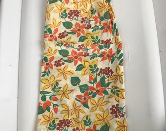Vintage 1950's half apron with pocket