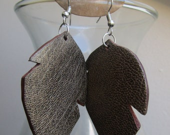 Earrings large leaves in bronze leather