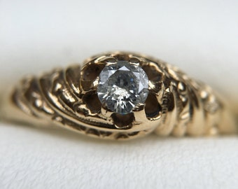 New Year Sale//Victorian Claw Belcher Natural Diamond Engagement Ring