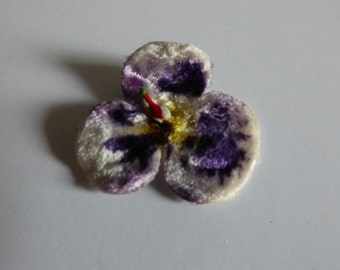 Vintage millinery velvet pansy, probably 1940s - hat's trim - millinery - fabric flower - antique flowers - velvet - hand made - corsage
