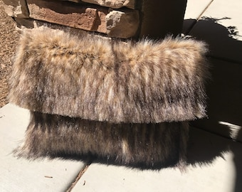 VIENNA Faux fur large clutch