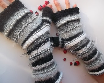 Women L 20% OFF Gloves Ready To Ship Bohemian Accessories Boho Fingerless Warm Wrist Warmers Hand Knitted Crochet Winter Arm Striped 1131