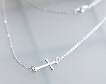 Celebrity Necklace - Kelly Ripa Celebrity Sideways Cross Necklace - Celebrity Necklace