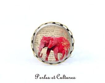 Elephant - retro beige pink cabochon ring