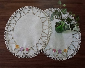 Vintage Embroidered Doilies, Dresser Scarves, Table Linens, Home Decor, Gift for Mom