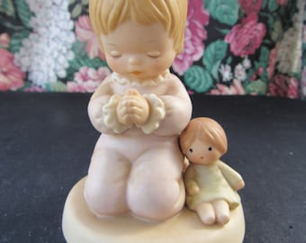 Vintage Enesco Memories of Yesterday I Pray The Lord My Soul To Keep Figurine   441