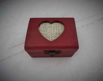 Burgundy Ring Bearer Box, Ring Box With Heart,  Proposal Ring Box, Burgundy Wedding Box, Burgundy Engagement Box, Small Proposal Ring Box