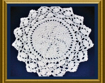 Knitted Dishcloth and Placemat knitting pattern Round PDF Ring of Leaves Lace pattern 2 patterns in one.