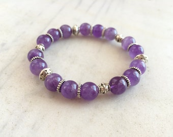 Amethyst beaded stretch bracelet. Amethyst gemstone bracelet. Elastic bracelet. Stone beaded bracelet. Amethyst silver purple bead stretch.