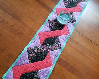 Red and Purple Twisted Table Runner