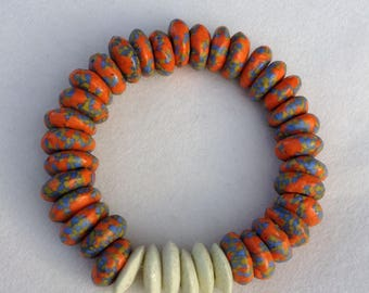 Marbled Ghana Glass and Ahsanti Glass Disk Stretch Bracelet (14mm)