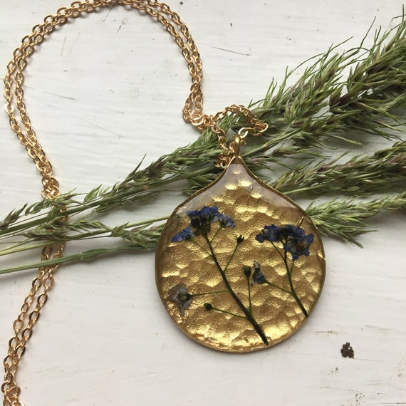 Forget-me-not small hammered brass necklace