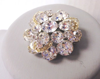 Vintage Weiss rhinestone brooch or pin in clear rhinestone with silver tone setting circa 1950's signed costume jewerly