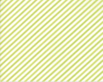 United Notions - Moda-Bonnie and Camille- Vintage Holiday-55168 16- CT122148-100% Quality Cotton by the Yard or Yardage