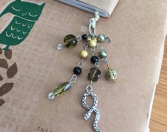 Loki Lesezeichen Perlen Buch Thong grün und Gold Schlange Gott des Unheils