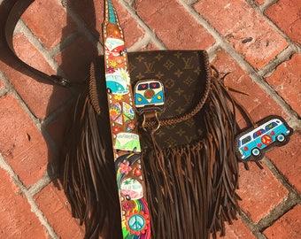 VINTAGE SWAG Boho-style vintage FRINGED Louis Vuitton handbag