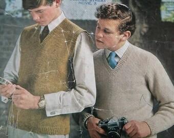 Vintage Sirdar (Teenage in Sirdar) - Pullovers Knitting Pattern - Design number 772