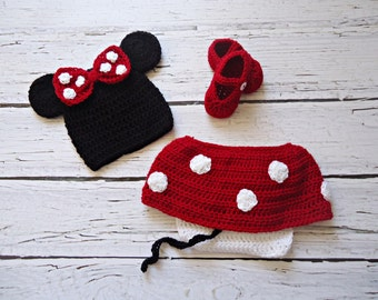 Newborn to 12 months Minnie Mouse set Photo Prop Set  and shoes MADE TO ORDER
