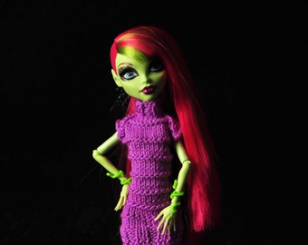 Monster High doll clothes - summer knitted dress.